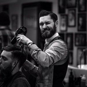 ترفندهایی برای جذب مشتری آرایشگاه مردانه